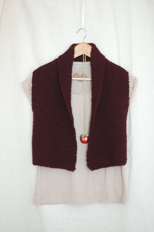 Vest Knitting Pattern Free : Coze: Easy Knit Vest Pattern   Laylock Knitwear Design